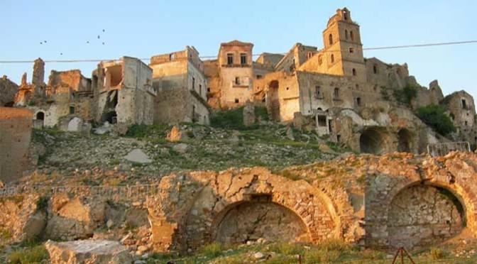 Craco, in Basilicata il paese fantasma perfetta location da film