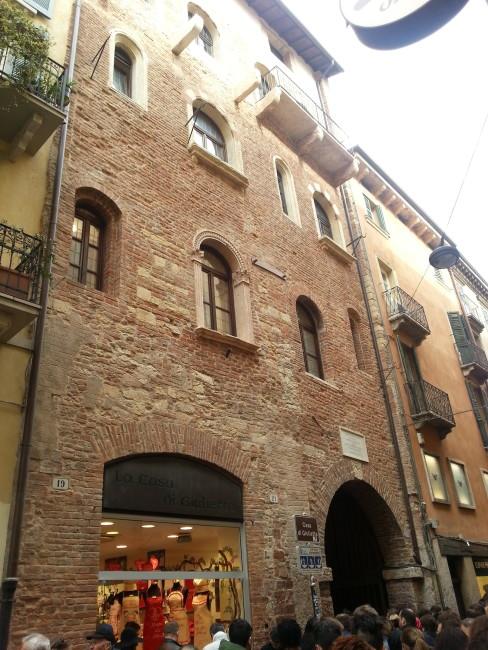 A Verona con Romeo e Giulietta. Non solo per San Valentino   Viaggi ...