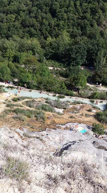 Bagno Vignoni, piscina termale naturale
