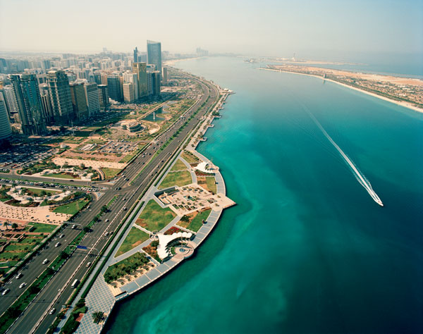 03.-ABU-DHABI--Corniche