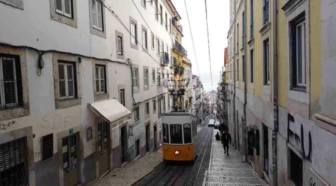 """Viaggio a Lisbona: i film che raccontano la """"città bianca"""""""